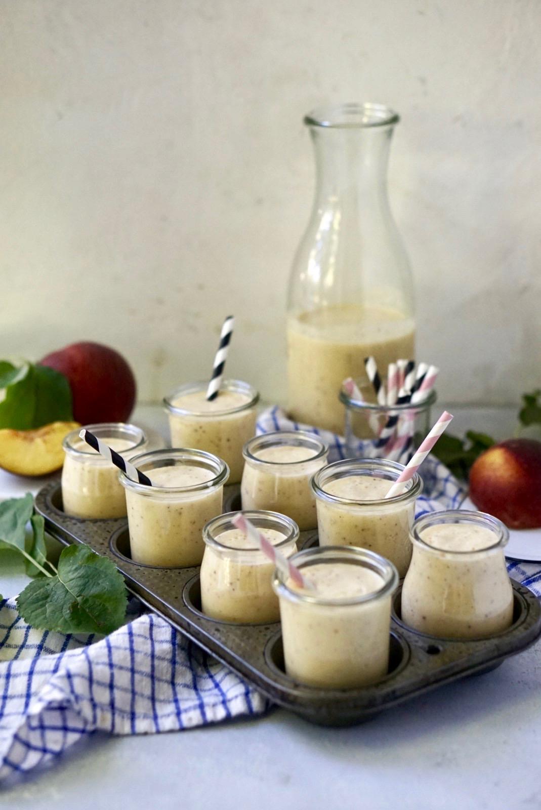 peach bone broth smoothie